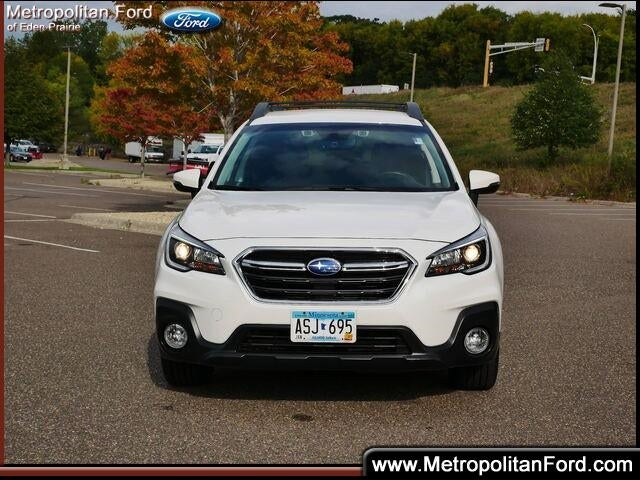 Used 2018 Subaru Outback Premium with VIN 4S4BSAFC5J3261355 for sale in Eden Prairie, Minnesota